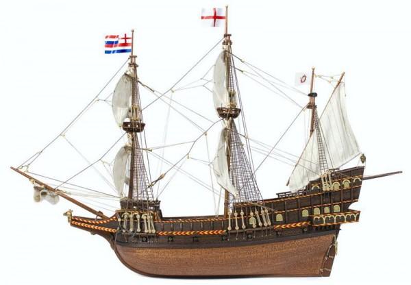 Golden Hind, Schiffsbausatz aus Holz im Maßstab 1:85