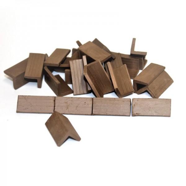 Firstziegel, Modellbauzubehör aus Ton, 25 Stk.