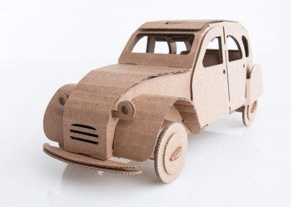 Modellauto Ente, Kartonbausatz, braun