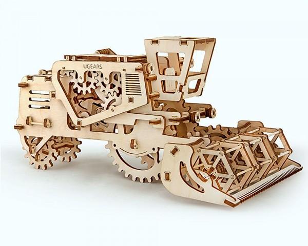 Ugears Mähdrescher, mechanischer Holzbausatz